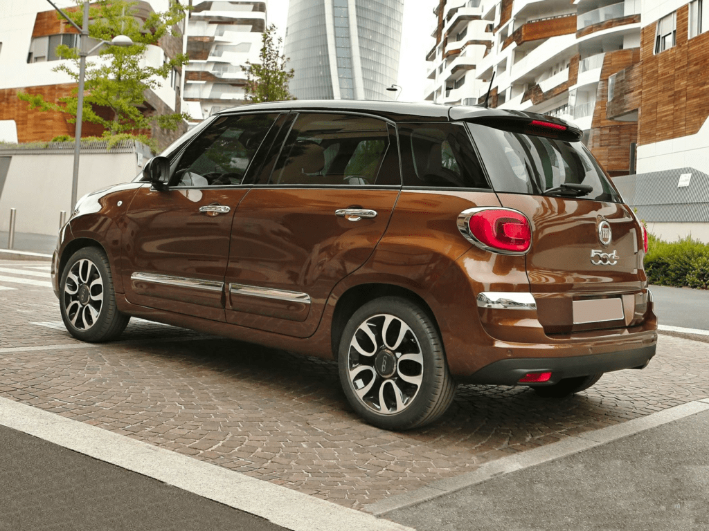 2020 FIAT 500X Trekking Plus 4dr All-wheel Drive Lease