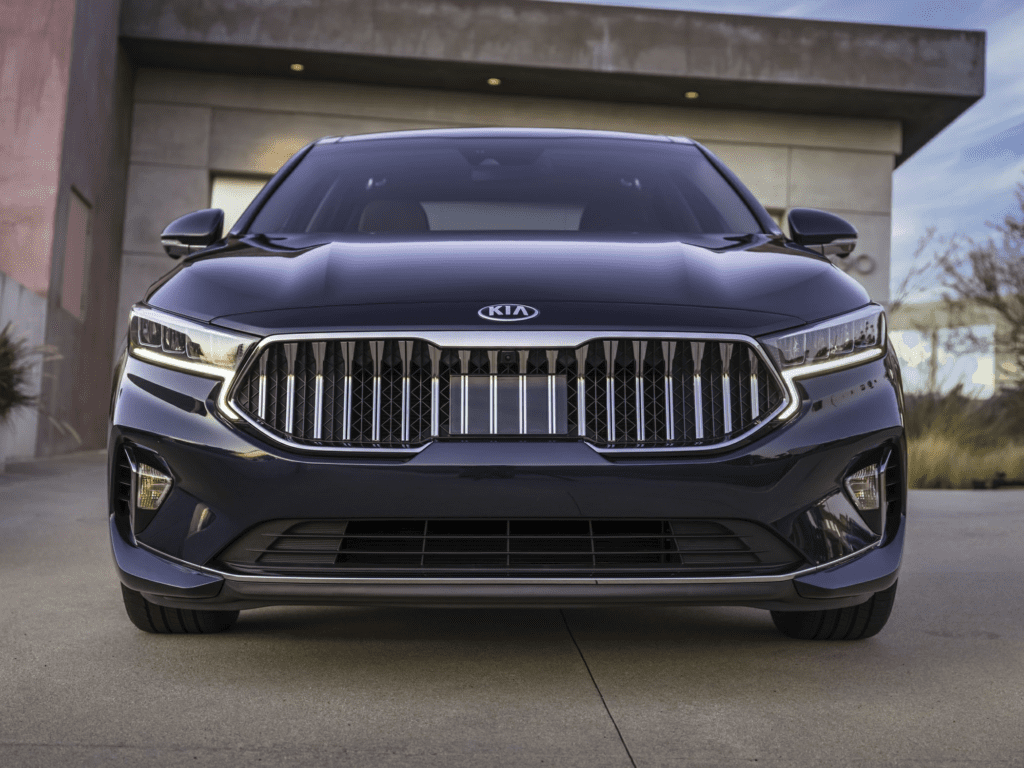 2020 Kia Cadenza Limited 4dr Sedan Lease