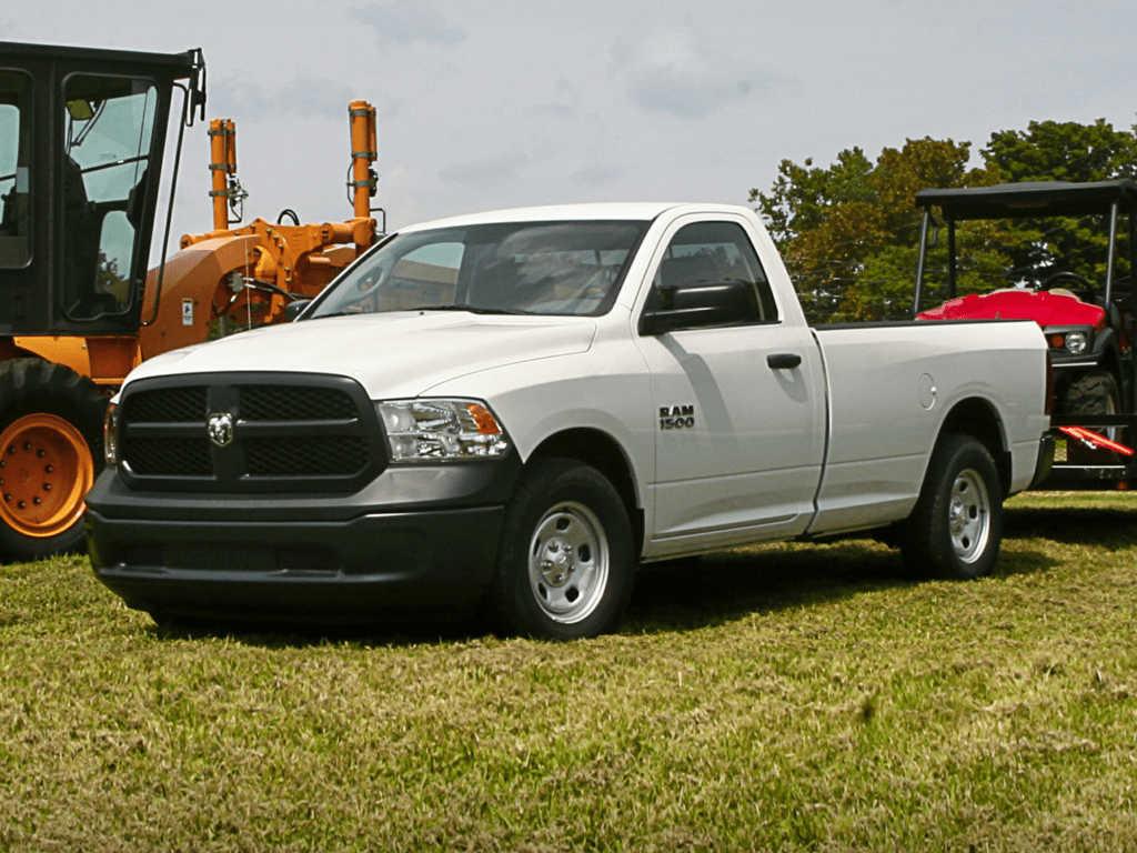 2021 RAM 1500 Classic SLT 4x4 Crew Cab 5.6 ft. box 140 in. WB Lease